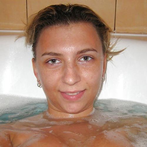 Ein Tittenfick in der Badewanne?